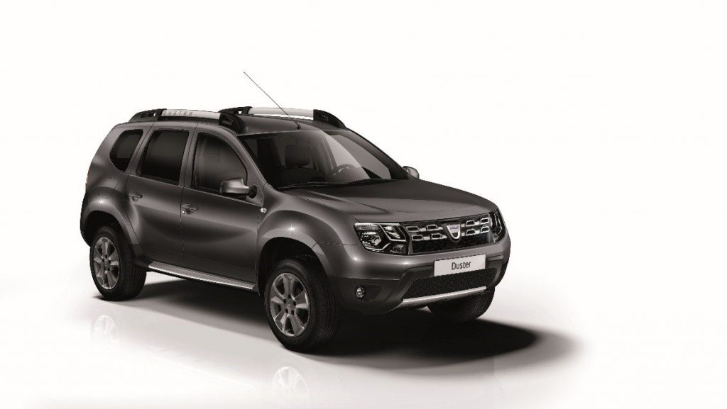 dacia duster brave 2 il top di gamma dacia test drive duster da renault dacia paglini. Black Bedroom Furniture Sets. Home Design Ideas